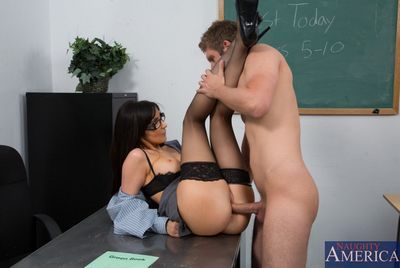 My First Sex Teacher download